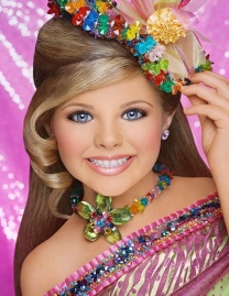 Glitz-photos-from-T-T-toddlers-and-tiaras-33435368-740-960