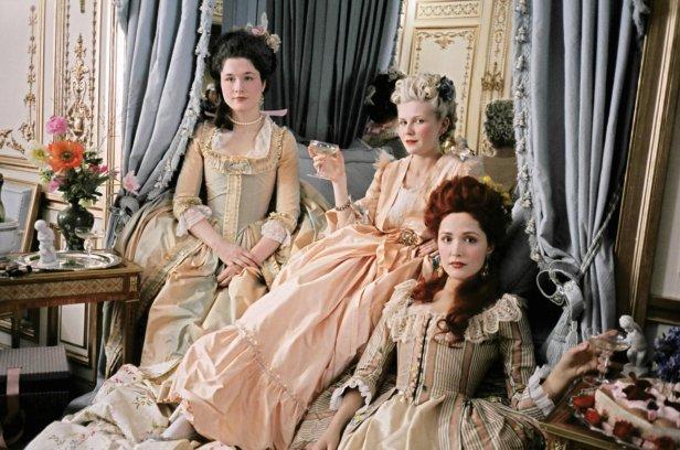 Marie-Antoinette-marie-antoinette-27292465-1800-1194